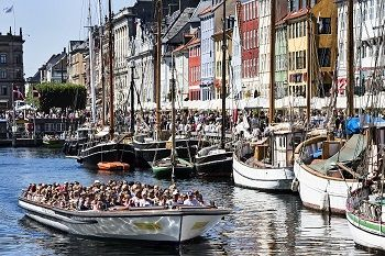 Canal boat tour by Nyhavn